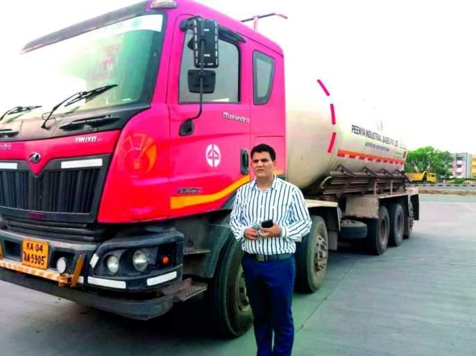 Pyare Khan again gave 32 tons of oxygen to corona patients in Nagpur | सामाजिक जाण! संत्री विकून मोठा झालेला उद्योजक मदतीला धावला, ३२ टन ऑक्सिजन मोफत दिला