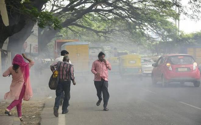 Green Peace reports that air pollution in Solapur | ग्रीन पीसच्या अहवालानुसार सोलापुरातील हवा प्रदूषित