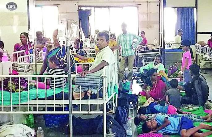 Viral fever inflames hospitals   व्हायरल फीव्हरने रुग्णालये फुल्ल