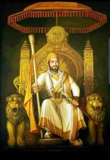 Fourteen feet of Shiv Chhatrapati taking the scepter in his hand is adorning the throne!   हातात राजदंड घेतलेल्या शिवछत्रपतींची चौदा फुटी सिंहासनाधिष्ठ मूर्ती साकारतेय !