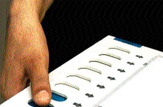 Nashik: All the candidates are shocked by the drop in percentage | नाशिक मध्ये घटलेल्या टक्क्याने सर्वच उमेदवारांना धाकधूक
