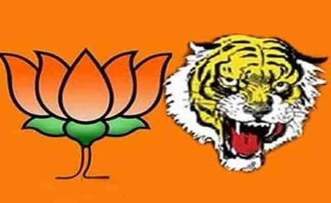 BJP defeats unilaterally; Water on top of mind   भाजपाने मारली एकतर्फी बाजी; आघाडीच्या मनसुब्यावर पाणी