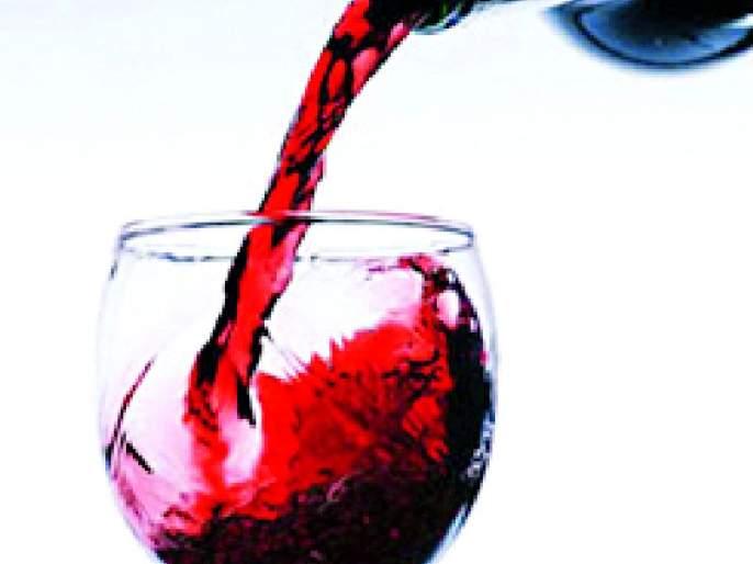 Prohibition of drinking alcohol: Husband stabs wife | दारु पिण्यास केली मनाई: पतीचा पत्नीवर चाकूहल्ला