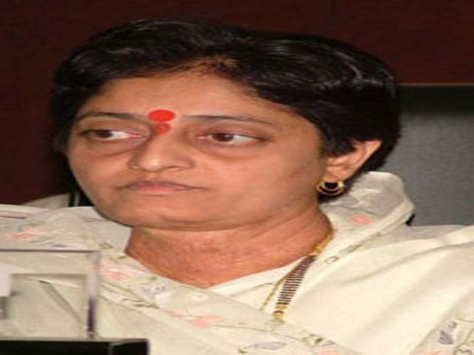 MLA Smita Wagh announces candidature from BJP   आमदार स्मिता वाघ यांना भाजपाकडून उमेदवारी जाहीर