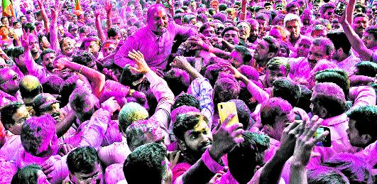 Congress' leadership is deprived of 'deprived' | काँग्रेसची आघाडी 'वंचित'मुळं वंचित