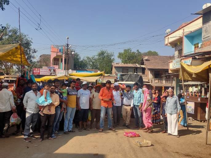 Taked Sai Padayatra Dindi's journey to Shirdi | टाकेद साई पदयात्रा दिंडीचे शिर्डीकडे प्रयाण