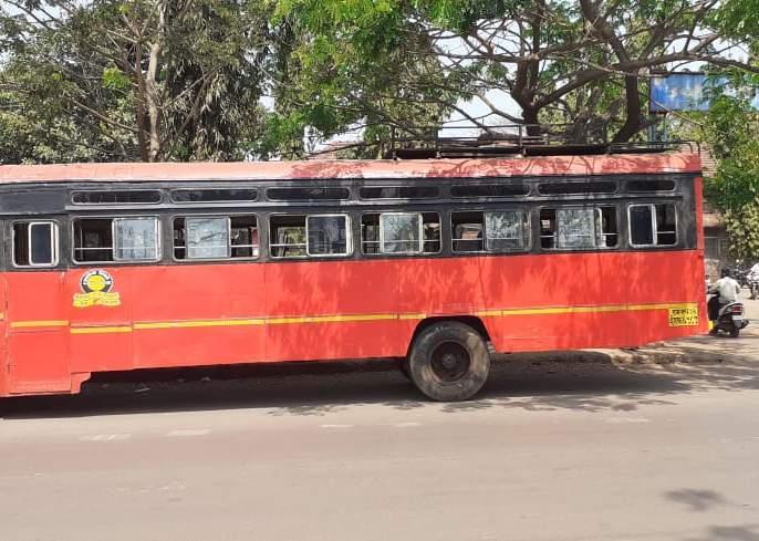 3091 driver-carrier contacts with one and a half lakh passengers daily | कोरोना संकटातही प्रवासी वाहतुकीसाठी एस. टी.ची बांधिलकी