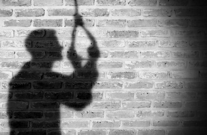 Doctor committed suicide in Nagpur due to harassment by wife and mother-in-law | पत्नी व सासूच्या छळापायी नागपुरात डॉक्टरची आत्महत्या