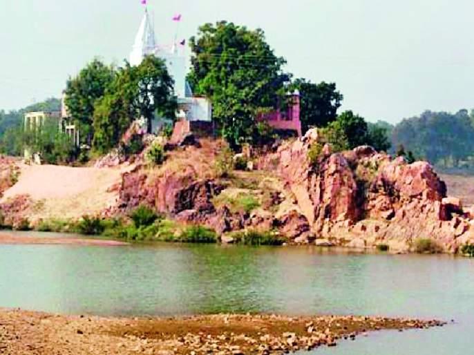 Tourism development of Narsingh hill is stopped   नृसिंह टेकडीचा पर्यटन विकास रखडला