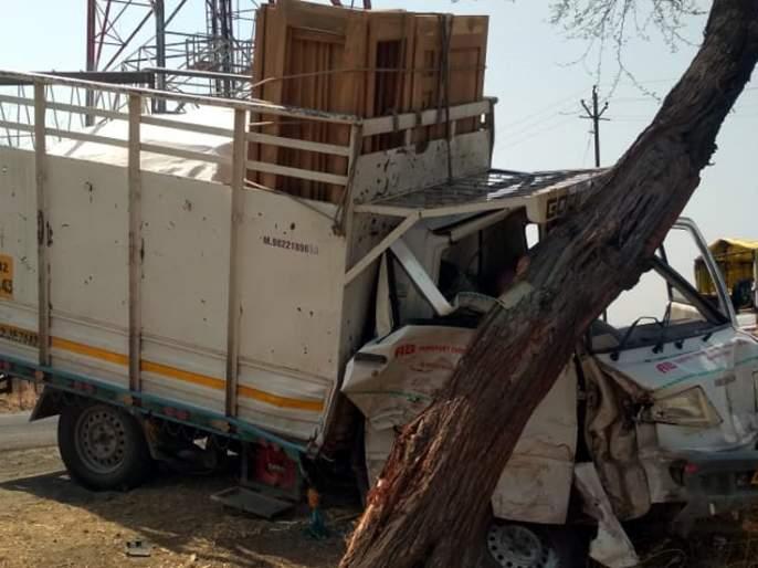 Parbhani: bike-auto accident; Both injured | परभणी : दुचाकी-आॅटो अपघात; दोघे जखमी