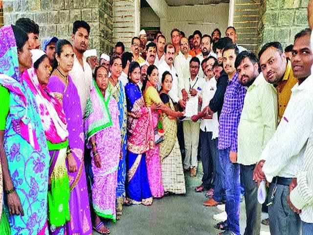 Dharna agitation in the district | जिल्ह्यात धरणे आंदोलन