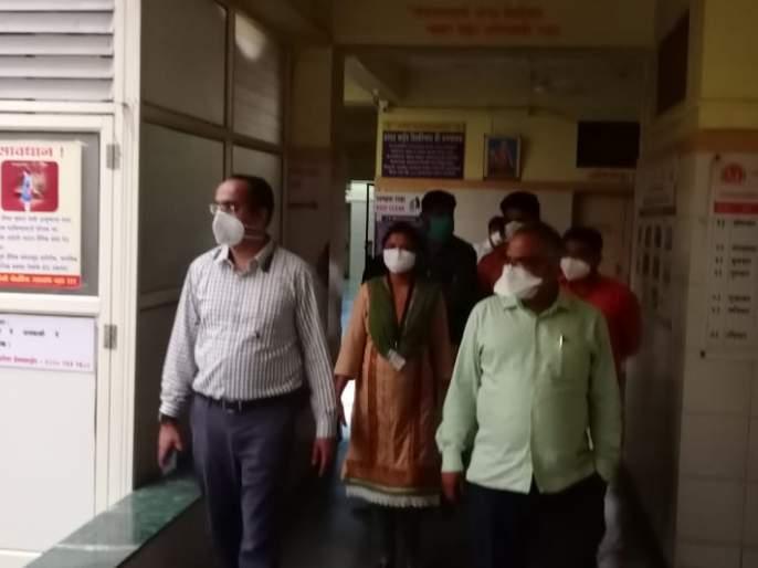 Prantadhikari visits Kovid Center   प्रांताधिकारी यांची कोविड सेंटरला भेट