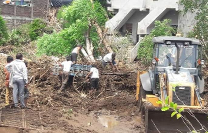 High day in Jakhkheda area | दुसया दिवशी जवखेडा परिसरात अतिवृष्टी
