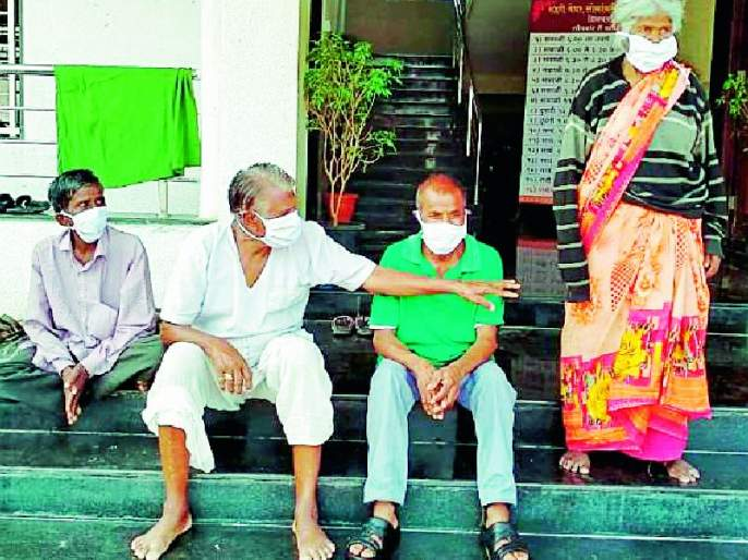 'Support' to 3 homeless in the city | शहरातील ७३ बेघरांना 'आधार'