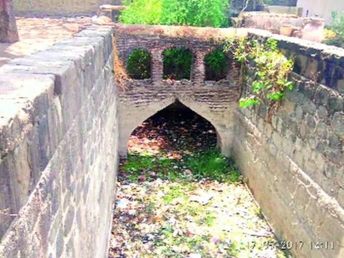 The wells of Ahilyabai Holkar era must be preserved | अहिल्याबाई होळकर काळातील विहिरींचे जतन हवे