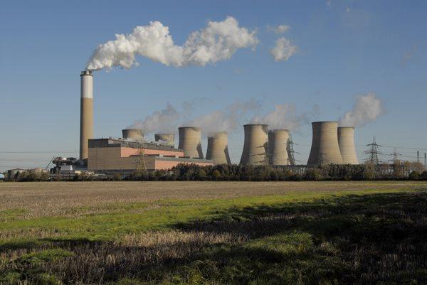 Demand of two thousand megawatt scarcity due to demand increase | मागणी वाढल्याने दोन हजार मेगावॅटचा तुटवडा