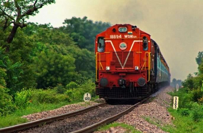 Special trains from Nagpur to Mumbai-Pune for Holi   होळीनिमित्त नागपूरहून मुंबई-पुण्यासाठी विशेष रेल्वेगाड्या