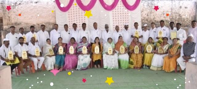 Newly elected Gram Panchayat members felicitated at Nampur | नामपूरला नवनिर्वाचित ग्रामपंचायत सदस्यांचा सत्कार