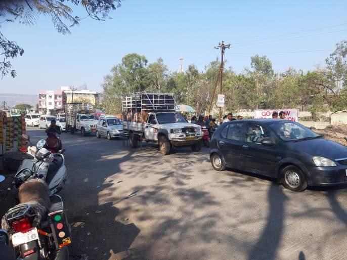 National highway work is slow | राष्ट्रीय महामार्गाचे काम संथगतीने