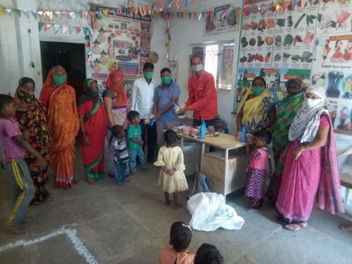 A handful of nutrition activities at Naigavhan | नायगव्हाण येथे एक मुठ पोषणाची उपक्र म