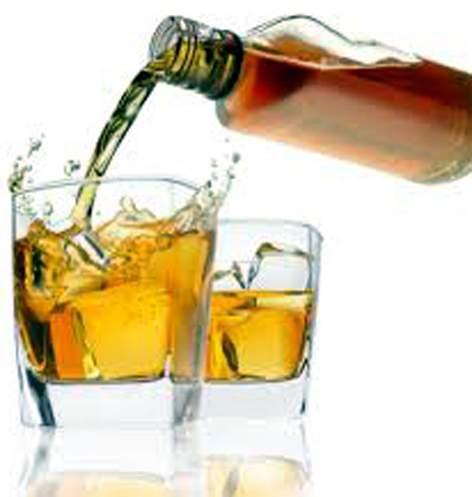 Parbhani: Drinking licenses for 3 lakh citizens | परभणी : १ लाख नागरिकांनी घेतले दारु पिण्याचे परवाने