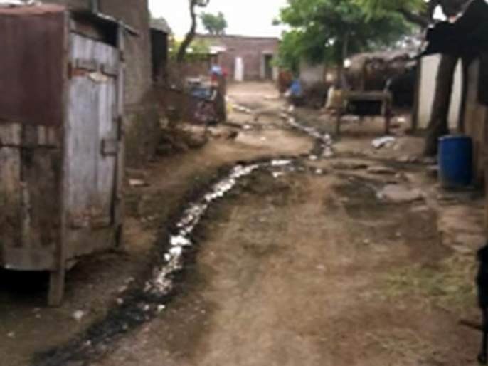 Neglected abortions deprived of village development   उपेक्षित उभरांडी गाव विकासापासून वंचित