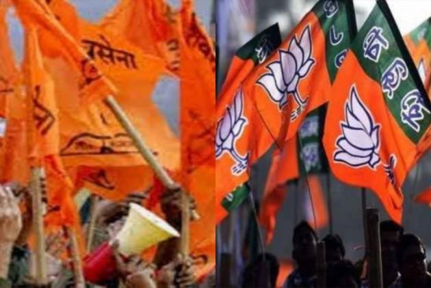 Opposition to Dissociate shivsena bjp Alliance voting share | युतीचे मताधिक्य फोडण्याचे विरोधकांसमोर आव्हान
