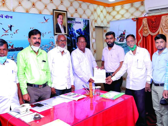 Farmers should get compensation, demand of Nandkumar Ghats: Punchnama should be done immediately, loss of paddy cultivation | शेतकऱ्यांना नुकसान भरपाई मिळावी, नंदकुमार घाटेंची मागणी