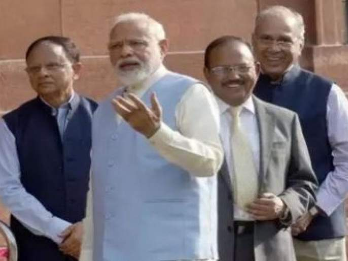 These are the three trusted administrative officials of Prime Minister Narendra Modi | मोदींना पॉवरफुल नेता बनविणारे 'हे' आहेत तीन चाणक्य अधिकारी