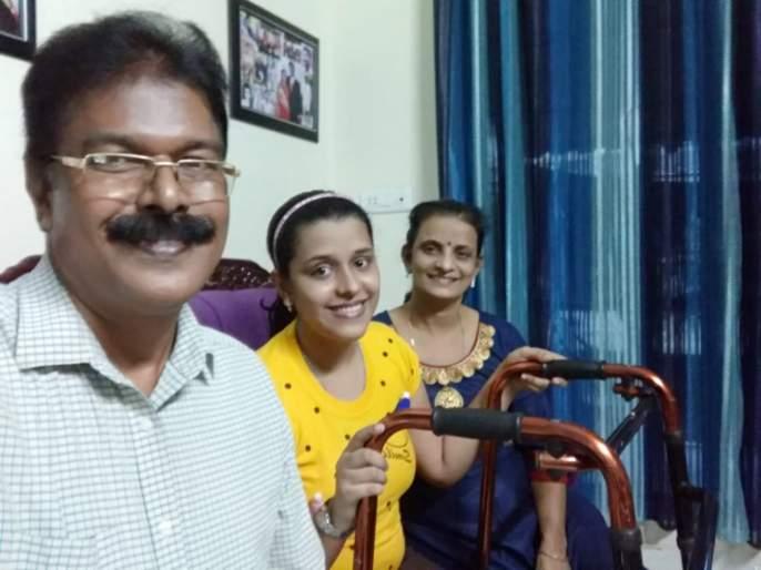 Four surgeries after 11th, overcoming cancer, Anisha gets 86% in HSC   11 वी नंतर चार शस्त्रक्रिया, तरीही कॅन्सरवर मात करत अनिषाने मिळवले 86 %