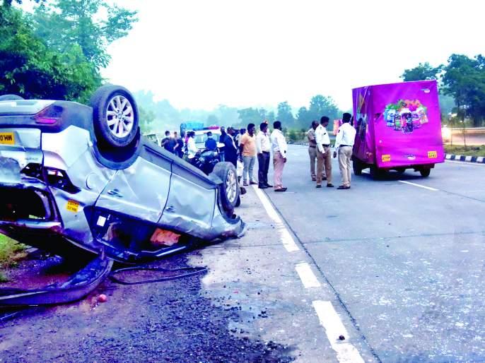 Accident at Wagade Dangalwadi, damage to car and three other vehicles | वागदे डंगळवाडी येथे अपघात, कारसह अन्य तीन वाहनांचे नुकसान