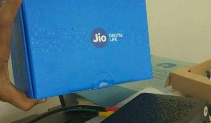 what you will get in Reliance jio's gigaFiber? set top box, tariff plans and much more | Reliance AGM 2019: जिओचा सेट टॉप बॉक्स म्हणजे 'अल्लाउद्दीनचा दिवा'