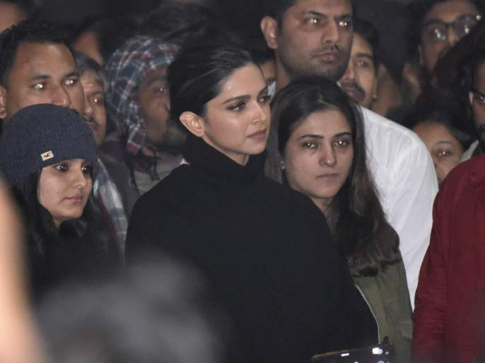 How to seize actress's phone when there is no accused? | आरोपी नसताना अभिनेत्रींचे फोन जप्त कसे केले?