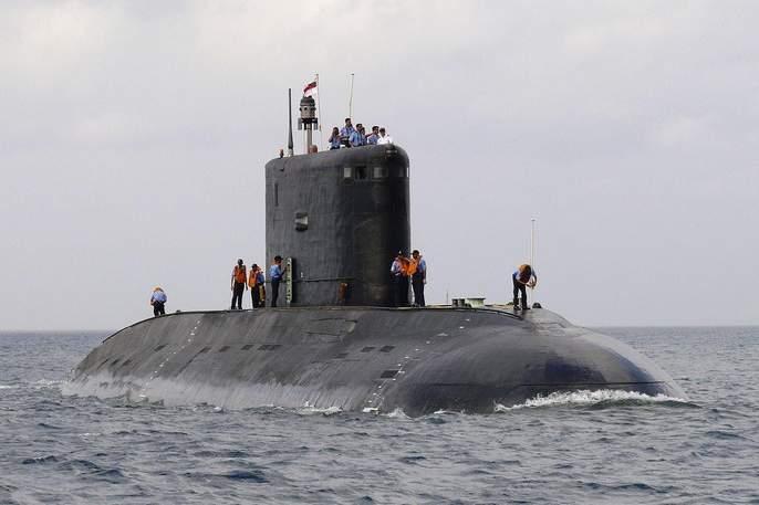 India Continuing Policy To Counter China Set To Hand Over Submarine To Myanmar | चीनच्या खेळीला उत्तर देण्यासाठी भारत सज्ज; म्यानमारला लवकरच सोपविणार INS सिंधूवीर