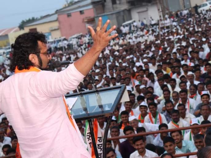 Maharashtra Election 2019: ... still not looking good; Dr. Amol Kolhein tops Chief Minister | Maharashtra Election 2019: कसंही बघितला तरी गडी पैलवान दिसत नाही; अमोल कोल्हेंचा मुख्यमंत्र्यांना टोला