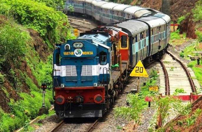 Habibganj-Chennai Special Train on 12 th November | १२ नोव्हेंबर रोजी हबीबगंज-चेन्नई विशेष रेल्वे