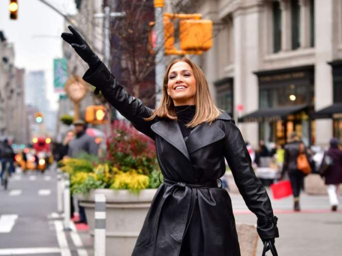 Hollywood actress Jennifer Lopez became casting director for 'Second Act' | हॉलिवूड अभिनेत्री जेनिफर लोपेज बनली कास्टिंग डिरेक्टर, 'सेकंड अॅक्ट'मधील नायकाची केली निवड