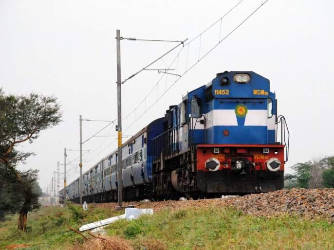New ten stations on Konkan Railway route; The train will run from Indapur to Inge Road | कोकण रेल्वेमार्गावर नवी दहा स्थानके; इंदापूर ते इनजे मार्गावररेल्वेधावणार