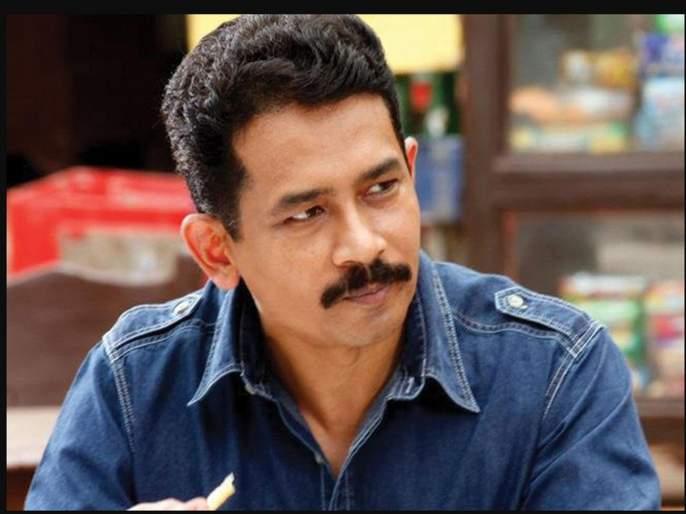 Aamir Khan's lal singh chadha movie is written by atul kulkarni | आमिर खानच्या लाल सिंग चड्ढा या नव्या चित्रपटासाठी अतुल कुलकर्णीने दिले हे खास योगदान