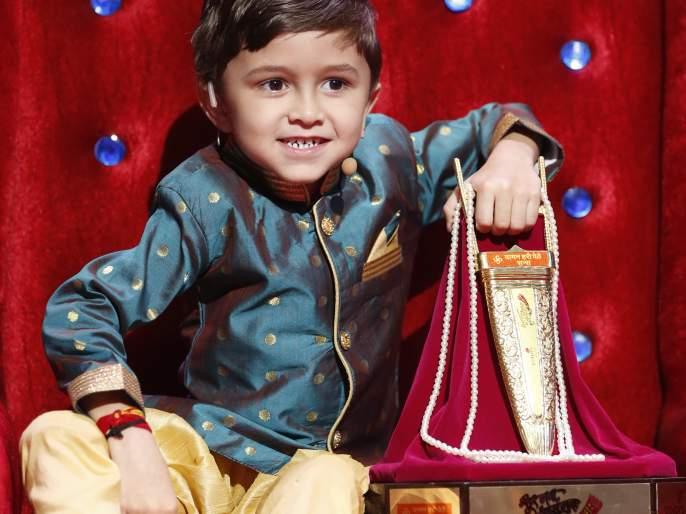 Harshad wine the audience heart | हर्षद बनला राजगायक जिंकली प्रेक्षकांची मनं