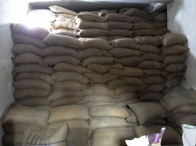 Trafficking of ration in Goa for ration | गोव्यात रेशनसाठी आलेल्या धान्याची तस्करी; एसीबीची कारवाई