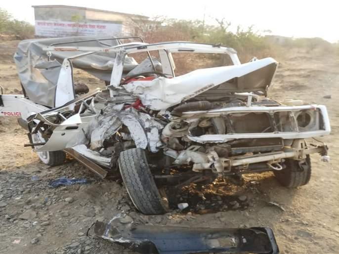 Central Reserve force's Gypsy hits private bus; Killed one soldier | केंद्रीय राखीव दलाच्या जिप्सीला खाजगी बसची धडक; एक जवान ठार