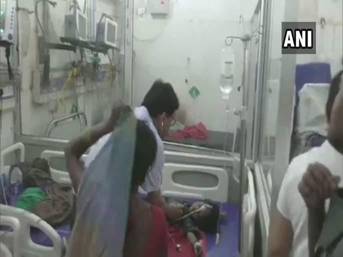 Kids in bihar dieing due to acute encephalitis syndrome symptoms and connection with litchi | बिहारमध्ये 'एईएस' आजाराचा कहर; जाणून घ्या लक्षणं आणि कारणं