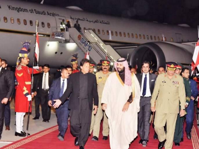 Imran Khan arrives in US by Saudi Prince's plane for UN general meeting   इम्रान खान सौदी प्रिन्सच्या विमानाने अमेरिकेला पोहोचले; महासभेत काश्मीर राग आळवणार