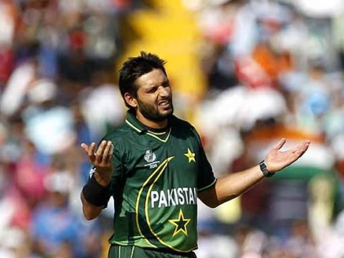 ... so Afridi disappointed, Pakistani players away from this glamor | ...त्यामुळे आफ्रिदी निराश, पाकिस्तानचे खेळाडू या ग्लॅमरपासून दूर