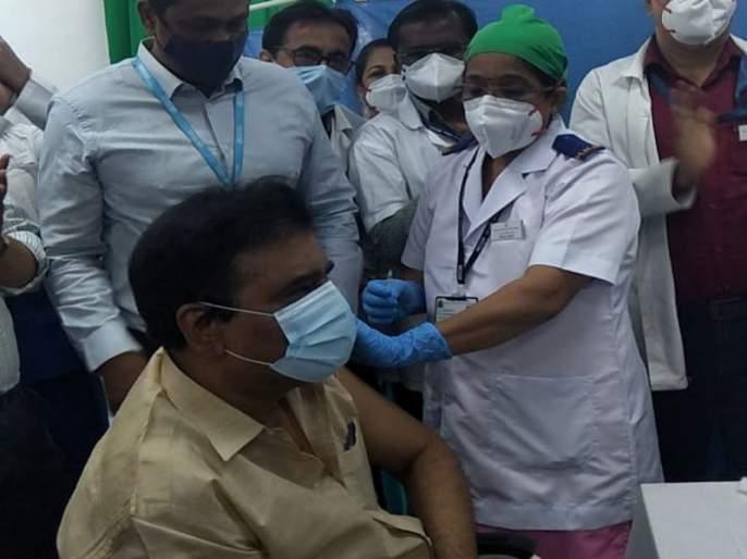 Vaccination campaign at Cooper Hospital begins in mind   कूपर हॉस्पिटलमध्ये लसीकरण मोहिमेला दिमाखात सुरवात