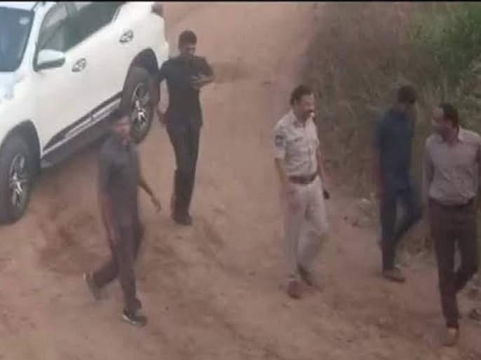 Victims loved the police encounter in hyderabad case | शिक्षा होण्यातील विलंबातूनच उसळतो लोकक्षोभ