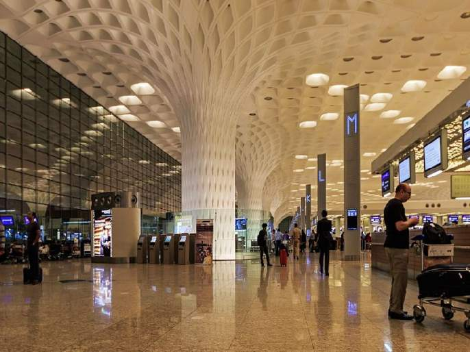 After spending 72 days at Mumbai airport, Ghanaian football player leaves for hotel | ७२ दिवस मुंबई विमानतळावर काढल्यानंतर घानाच्या फुटबॉल पटूची हॉटेलमध्ये रवानगी