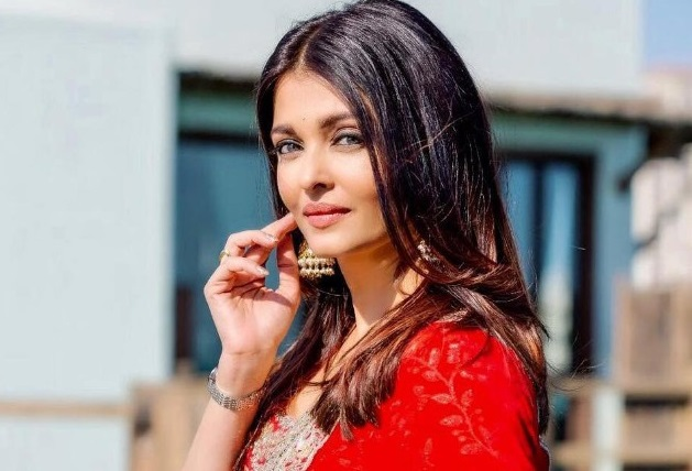 Bollywood's 'This' became the second actress to become a girl? A photo of a fan fired viral on social media! | बॉलिवूडची 'ही'अभिनेत्री बनणार दुसऱ्यांदा आई? चाहत्याने सोशल मीडियावर व्हायरल केला फोटो!