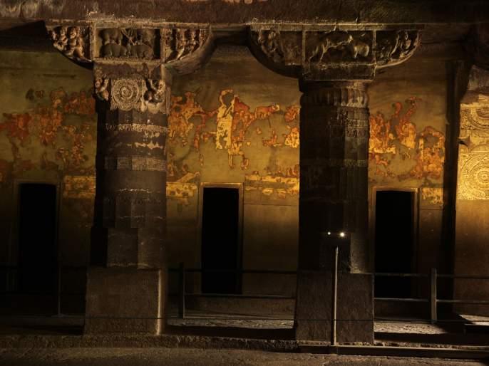 66 years of stay in the caves of Ajanta | अजिंठ्याच्या लेण्यांमधल्या मुक्कामाची तब्बल ६६ वर्षे